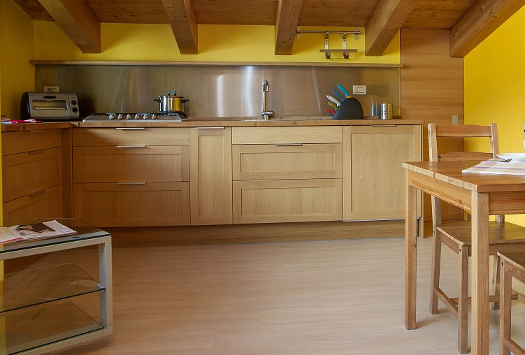 Ikea mensole cucina decora la tua vita for Mensole cucina ikea